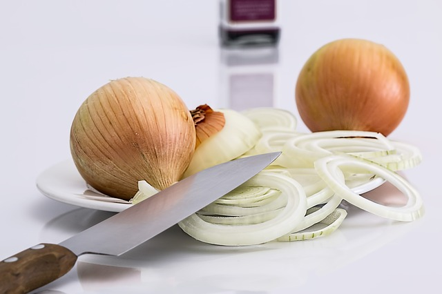 onion curing tonsillitis