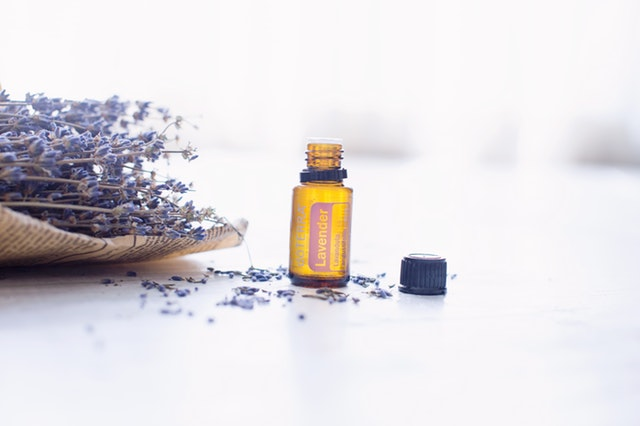 lavender essential oil for tonsil stones