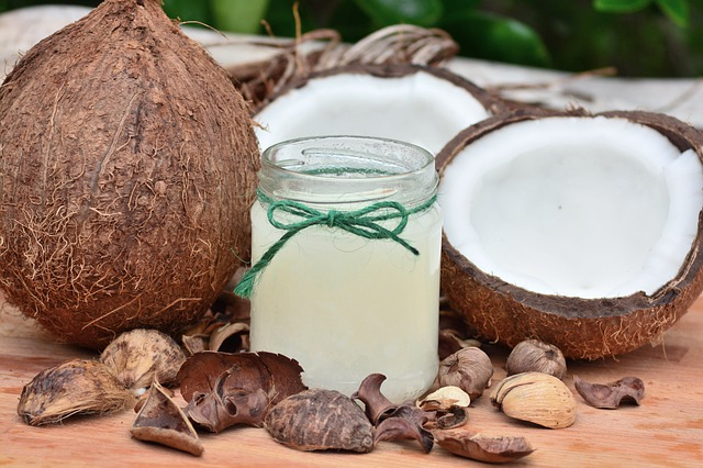 Coconut oil for Tonsil stones: Does oil pulling really eliminate your stones?